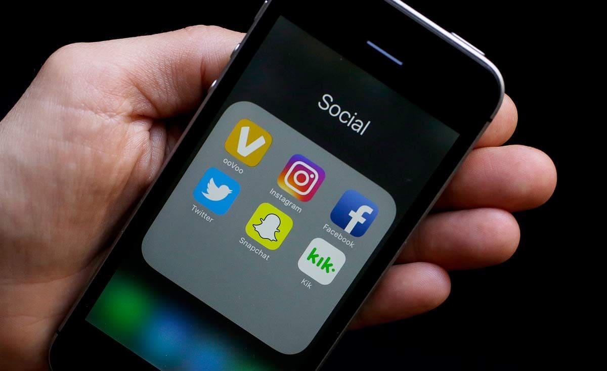 """""""تويتر"""" يحذر مستخدميه من الوقوع ضحية لـ""""خدعة 2007″"""