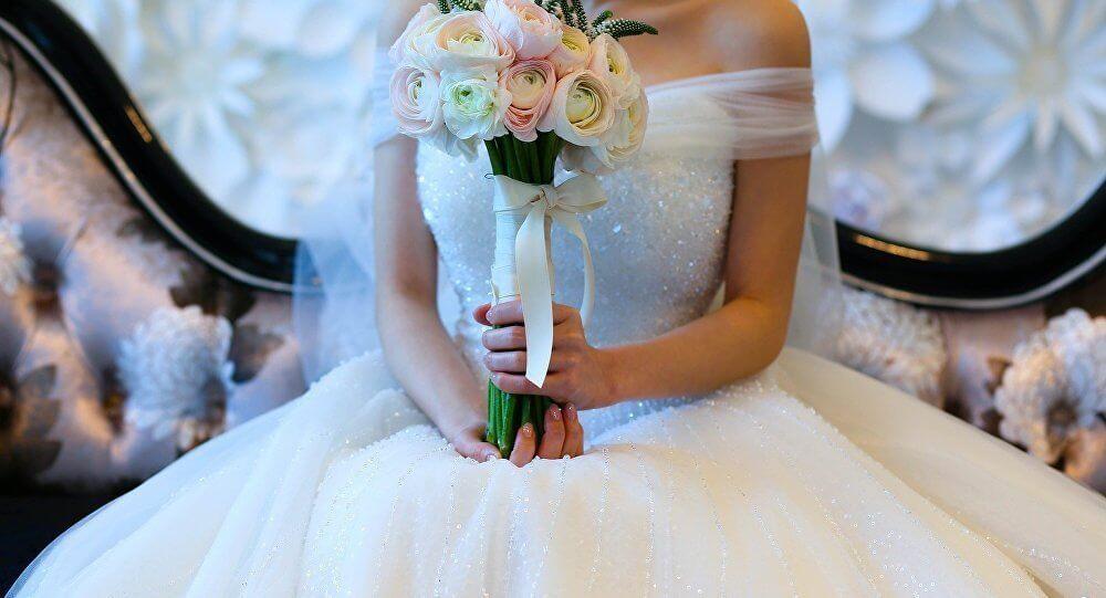 صدمة ليلة الزفاف.. رسالة من الأم الميتة على حذاء العروس
