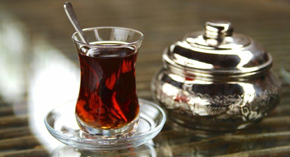 علماء يكتشفون خطراً قاتلاً للشاي الساخن