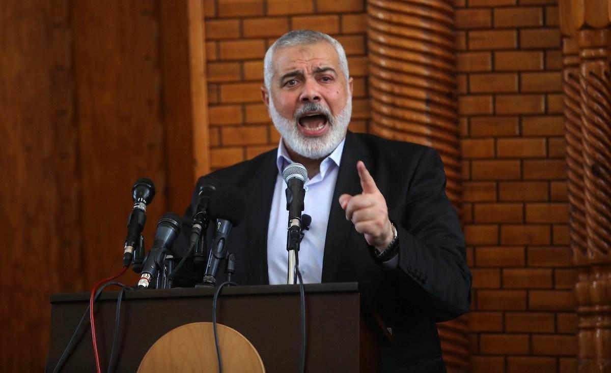 وزير إسرائيلي مهددًا هنية: احذر فأنا أختلف عن ليبرمان