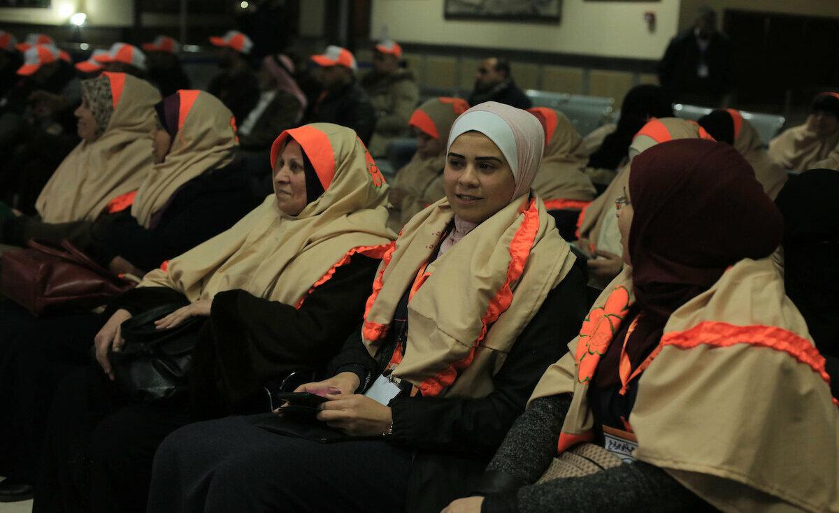 الدفعة الثالثة من معتمري غزة تغادر عبر معبر رفح