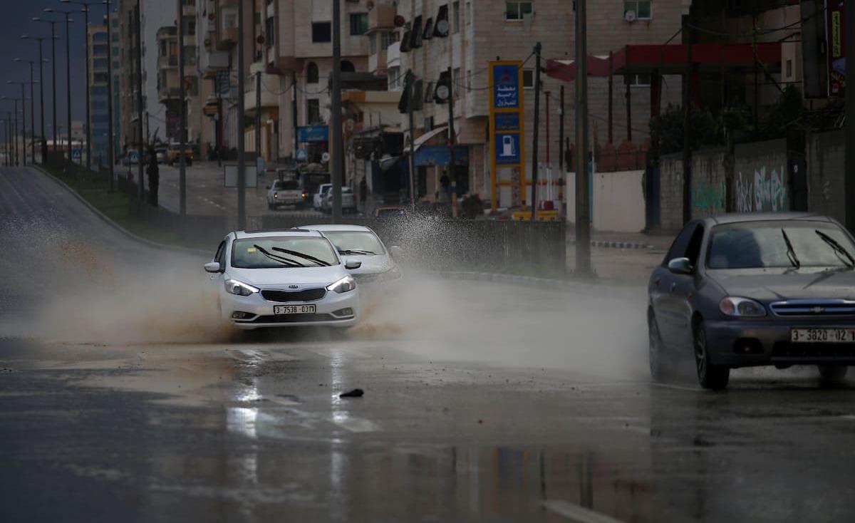 آخر التحديثات.. عاصفة مطرية تضرب فلسطين