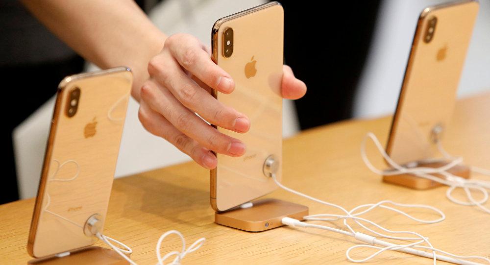 """تقنية جديدة من """"أبل"""" تحمي من تتبع الهواتف"""