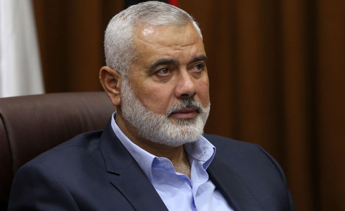 غزة: هنية يستعرض مع أمير قطر آخر التطورات
