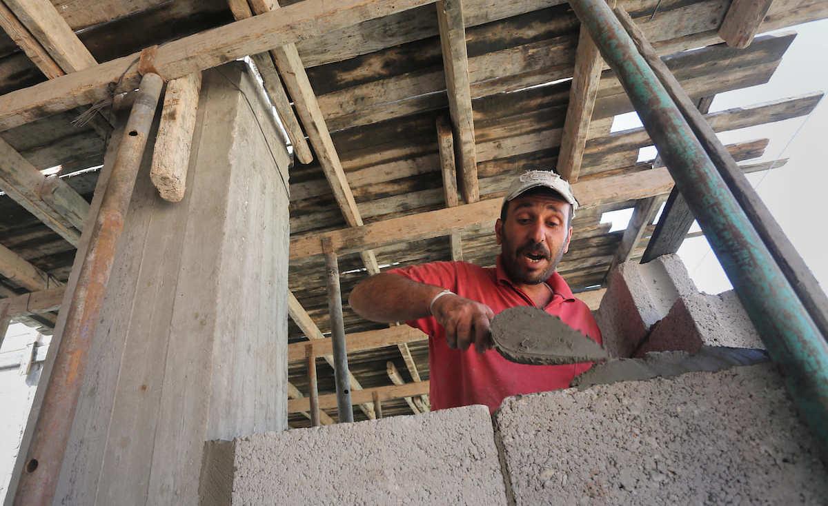 قطاع المقاولات في غزّة يعيش أصعب حالاته وسط الحصار والانقسام