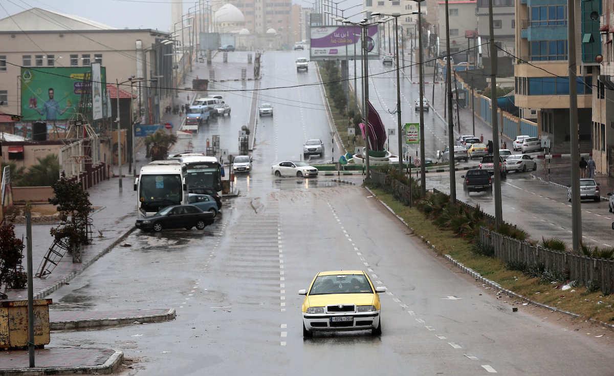 شاهد: أضرار جزئية بقاعة زفاف في غزة بسبب المنخفض