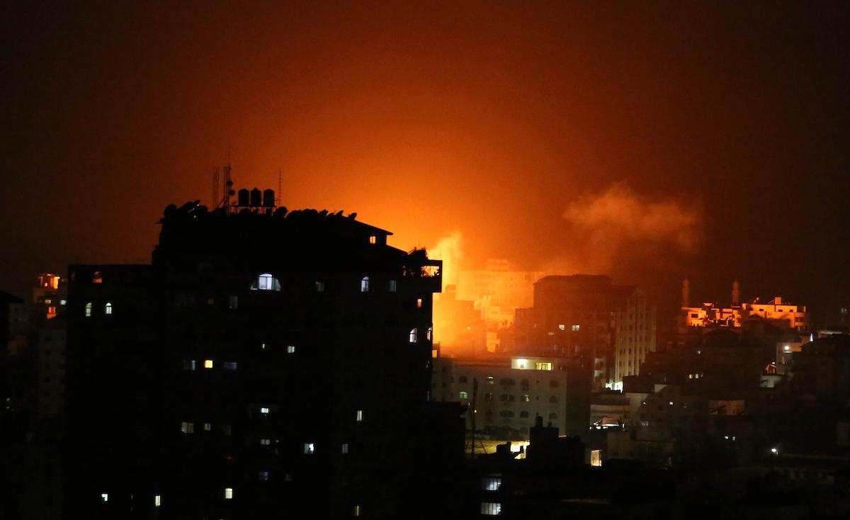 """صحيفة: صيف ساخن بانتظار غزة وصواريخ المقاومة ستضيء قلب """"تل أبيب"""""""
