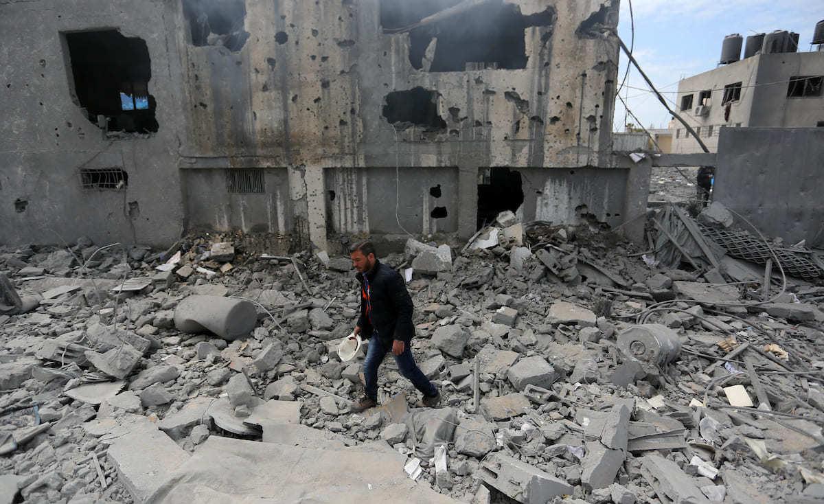 صواريخ الاحتلال تقتل أحلام مقبلين على الزواج في غزة