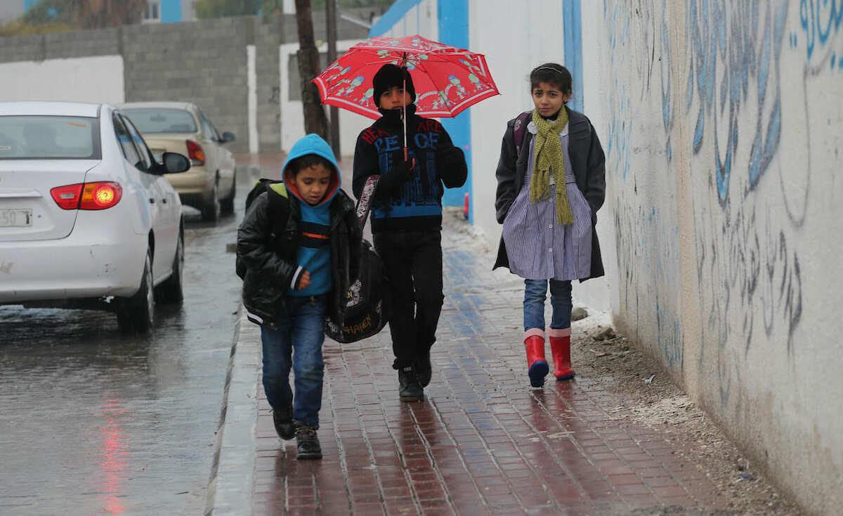 فلسطين تتأثر بمنخفض جوي اعتباراً من الليلة