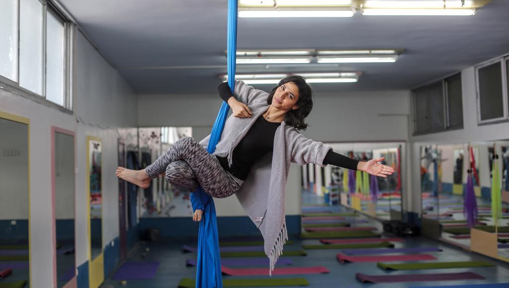 فنون الرياضات الاستعراضية.. نافذة أمل جديدة لبنات غزة