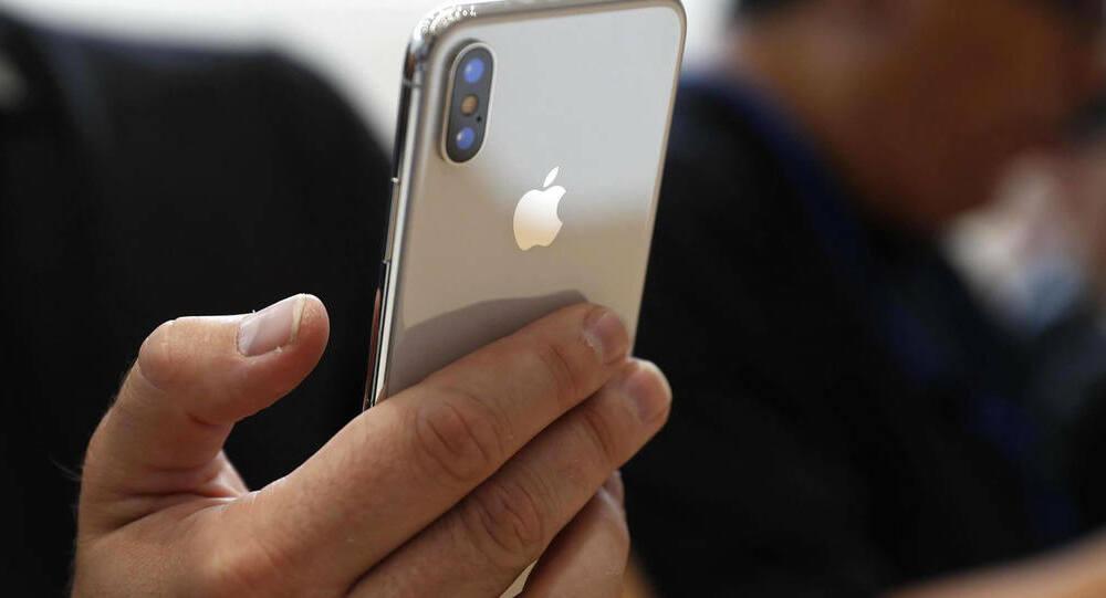 خطة غير تقليدية للشفاء من إدمان الهاتف… اشتر هاتفاً آخر