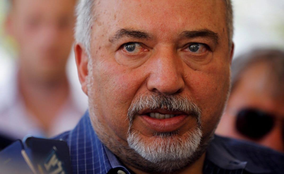 ليبرمان: يمكن تدمير صواريخ غزة بضربة دقيقة
