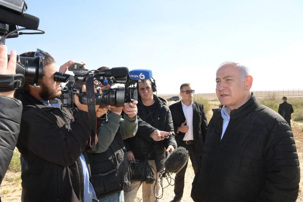 """نتنياهو يهدد حركة """"حماس"""" بتلقي ضربة قوية"""