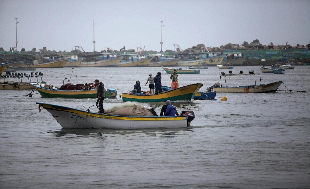 توسعة اضافية لمساحة الصيد في بحر غزة