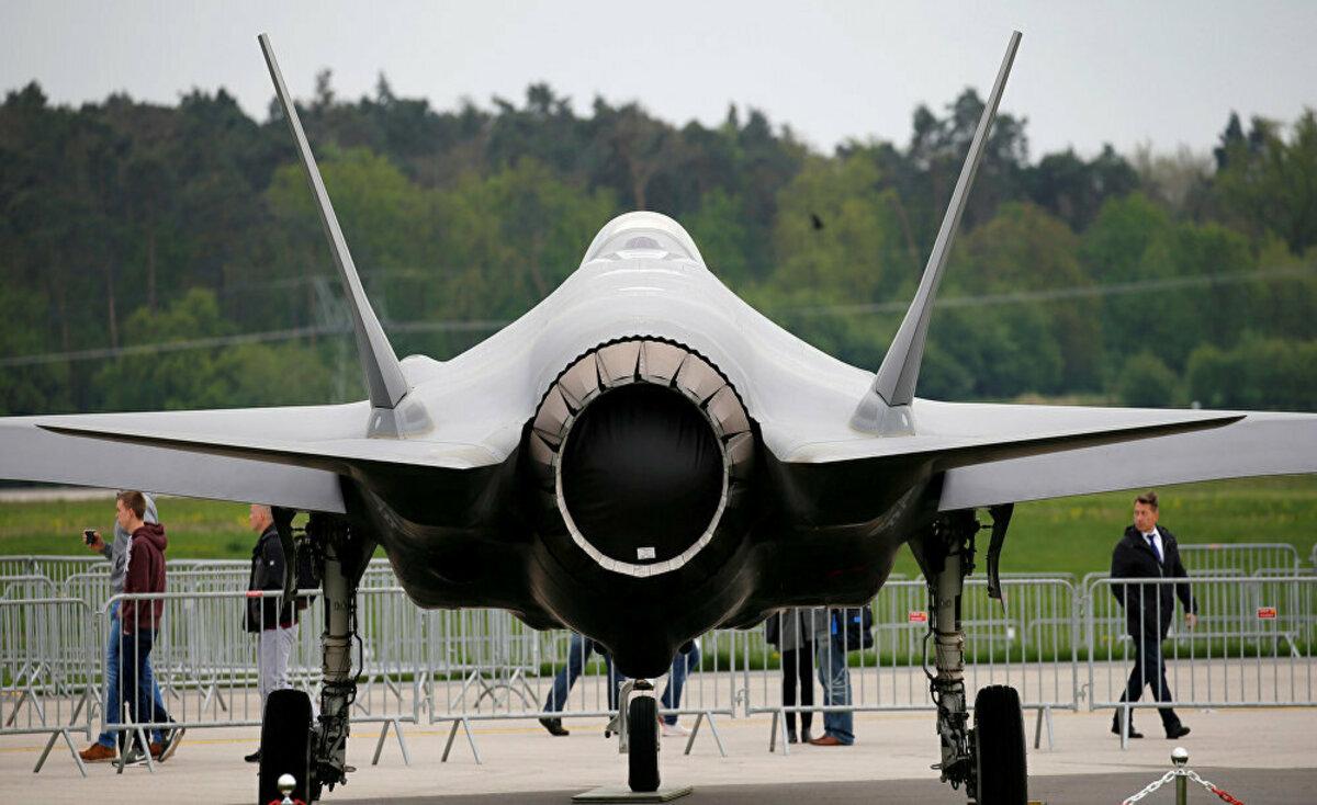 البنتاغون يعلق رسمياً تسليم طائرات F – 35 إلى تركيا
