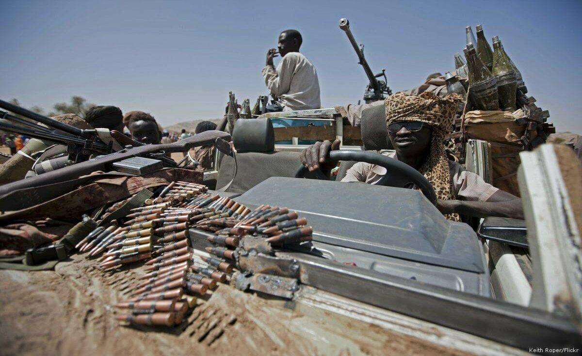 """هل يؤثر تغيير نظام الحكم في السودان على طرق تهريب السلاح إلى """"حماس""""؟"""