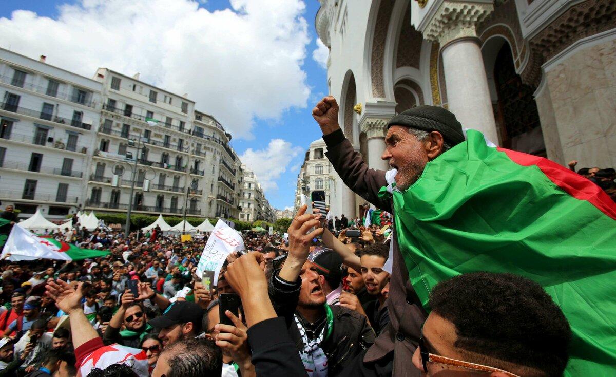 القضاة يقاطعون انتخابات الرئاسة في الجزائر
