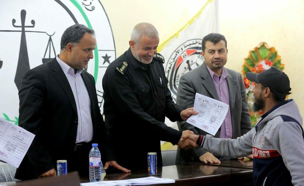 """غزة: """"الإصلاح والتأهيل"""" تُفرج عن 62 محكوماً أمضوا ثلثي المدة"""