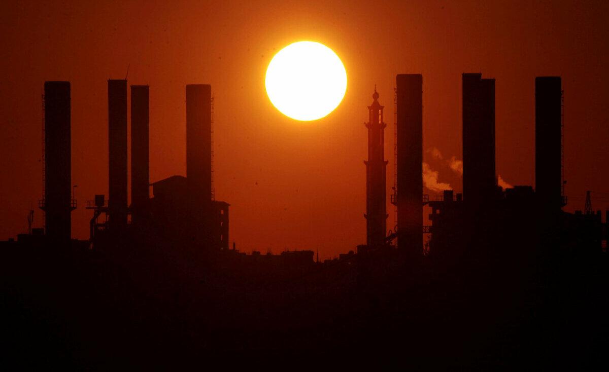 حماس: منحة الكهرباء بغزة مستمرة وتوفير منح مالية لتشغيل 20 ألف مواطن