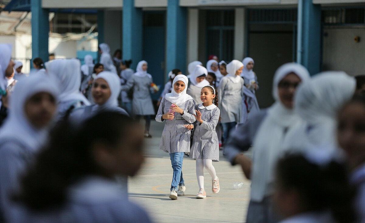 إسرائيل تخطط لاستبدال مدارس في القدس.. والأونروا ترد