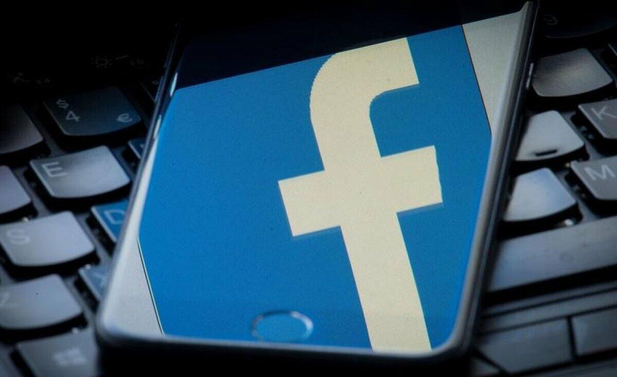 """جديد """"فيسبوك"""".. تعيين محررين لاختيار الأخبار الصحيحة"""