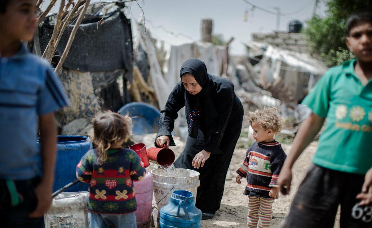 أكثر من نصف مليون طفل فقير في الضفة وغزة