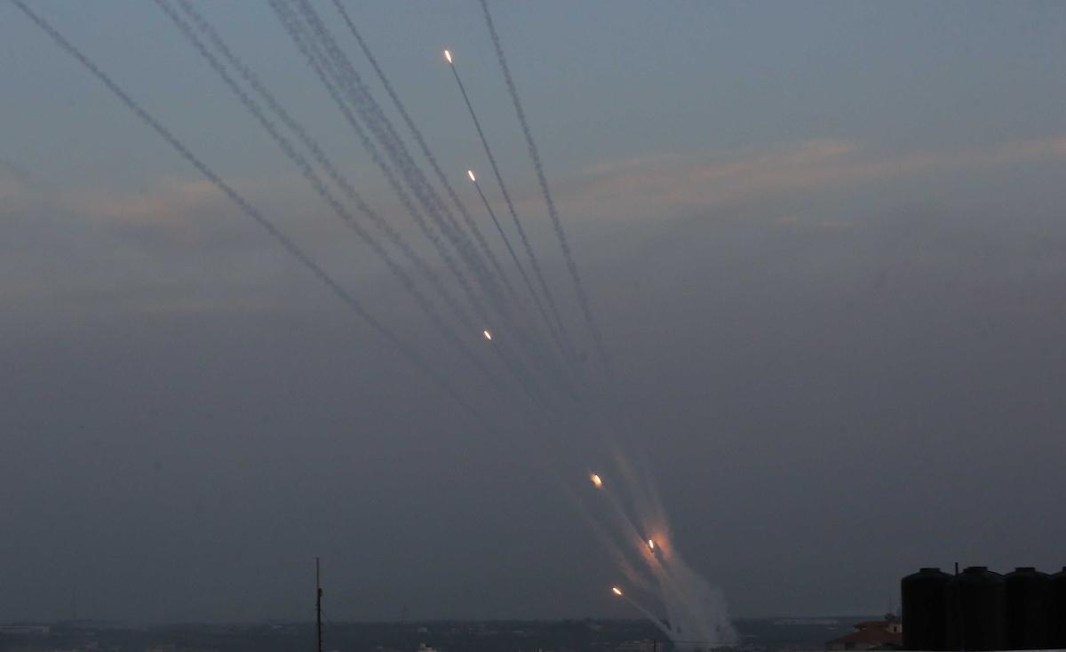 توقعات إسرائيلية باستئناف إطلاق صواريخ من غزة
