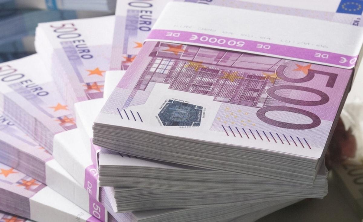 الاتحاد الأوروبي يدعم رواتب السلطة بمبلغ 16.5 مليون يورو