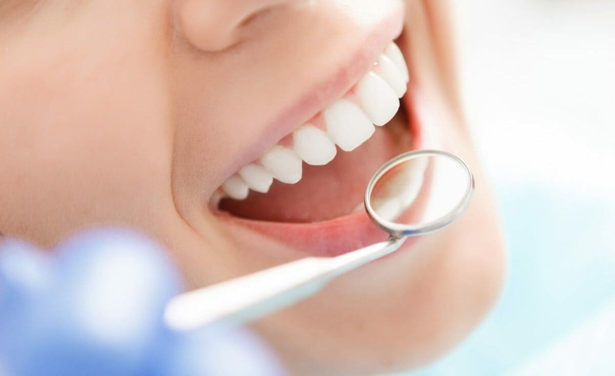 ما هي أخطر المشروبات على الأسنان؟