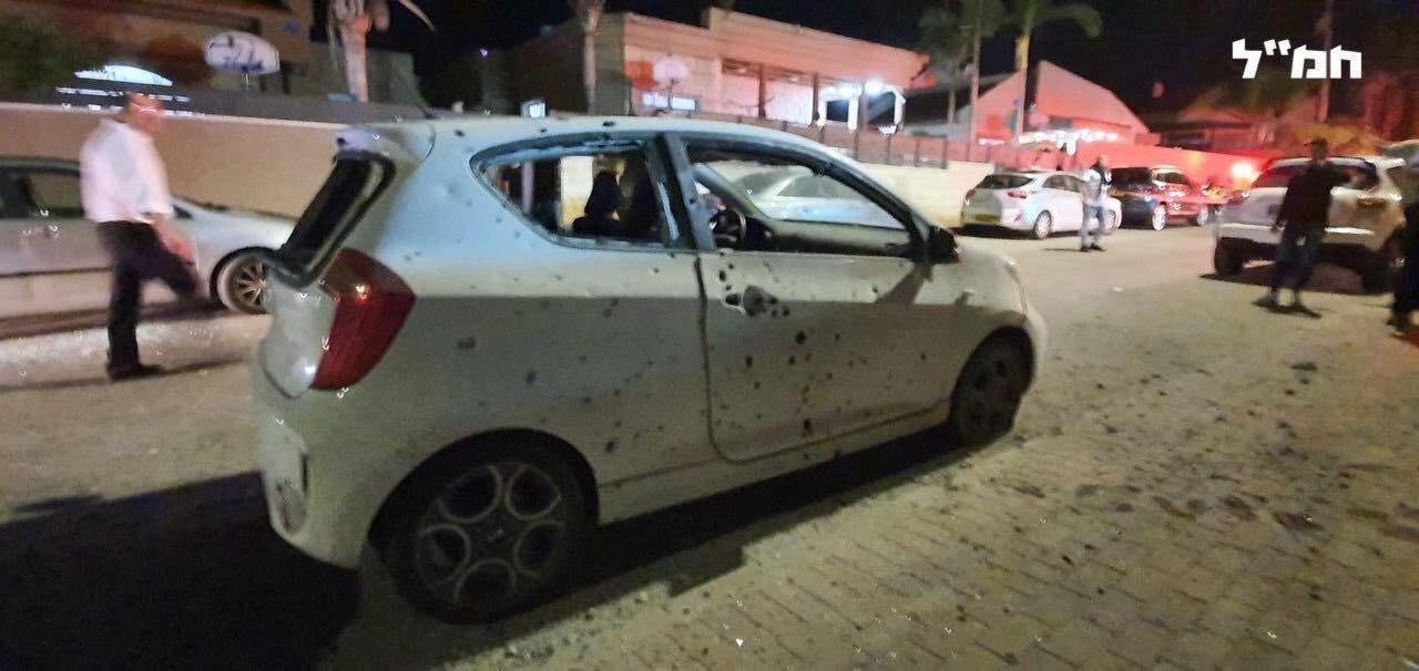 شاهد: صاروخ من غزة يصيب منزلا في سديروت