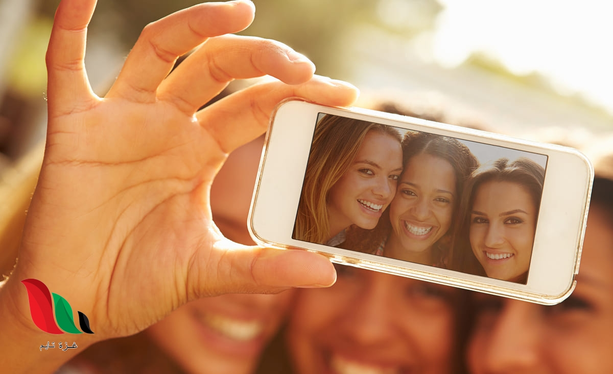 هل تتسبب الهواتف الذكية بشيخوخة الجلد؟