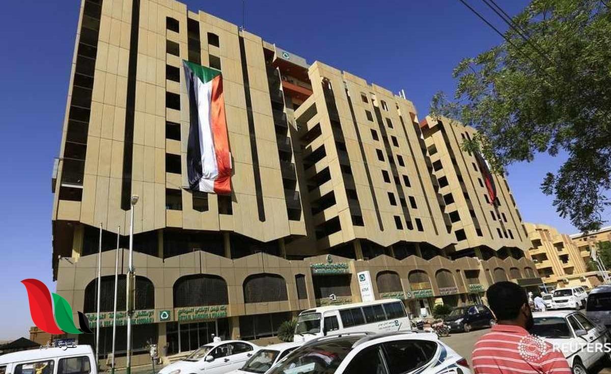 تفاصيل وفاة صابر محمد الحسن محافظ بنك السودان المركزي
