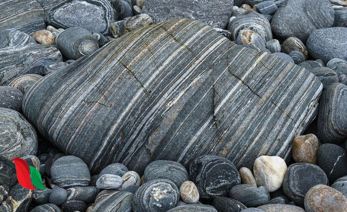 تتكون الصخور المتحولة نتيجة ل
