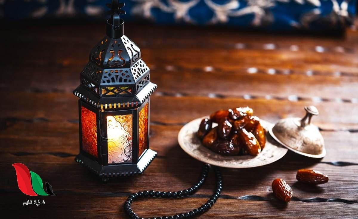 هل يجوز لمن أذن عليه المغرب ولم يجد ما يفطر عليه أن ينوى الفطر بقلبه ؟