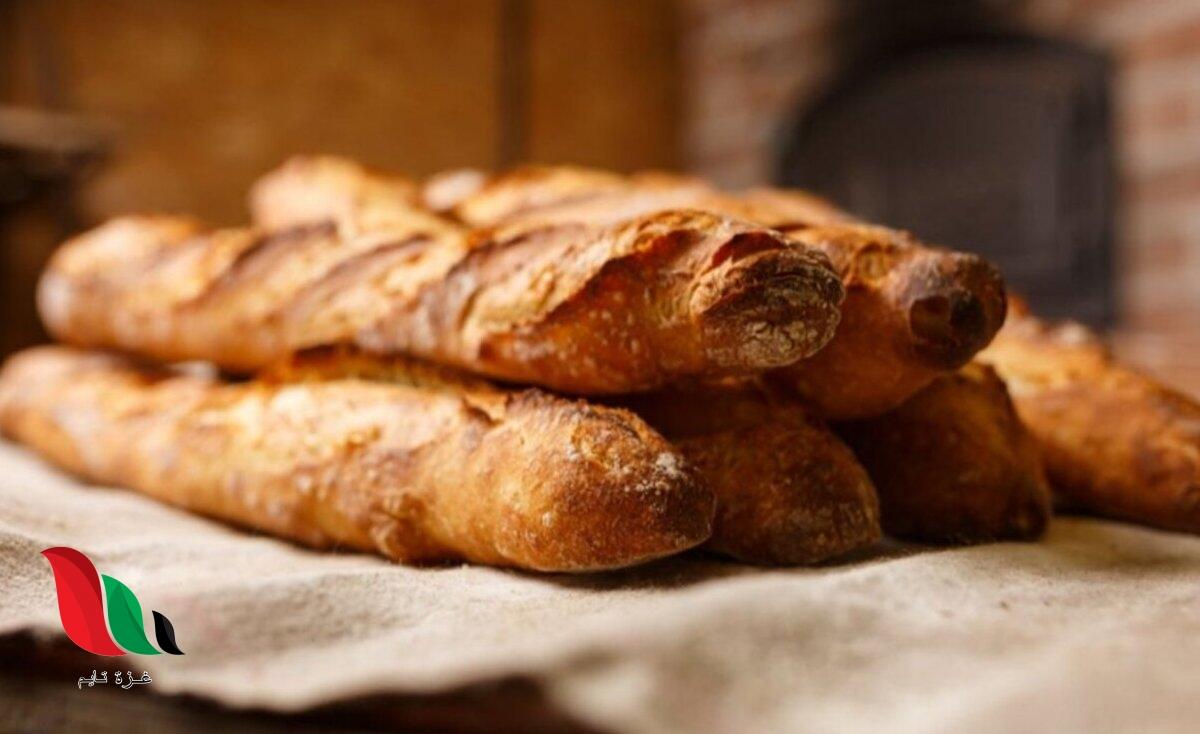 خبراء تغذية يحددون طريقة لتناول الخبز دون الحصول على الدهون