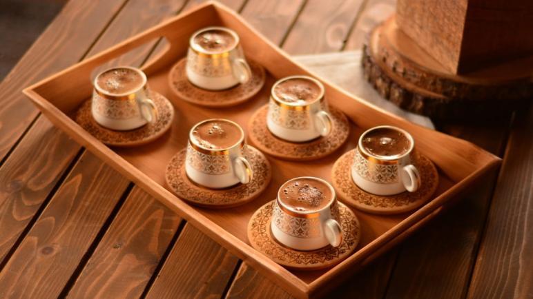 """غزة تستهلك 7 أطنان قهوة يومياً لتحسين """"المزاج"""""""
