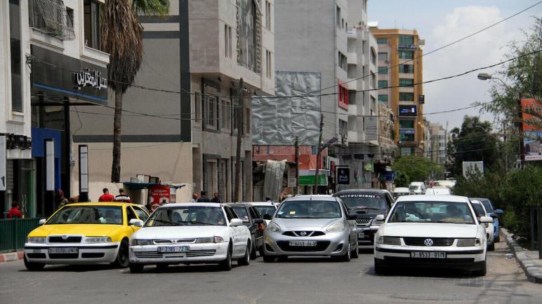 قرار بتغيير مكان سوق السيارات في غزة